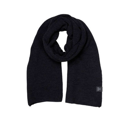Makia Oversized Merino Scarf Black